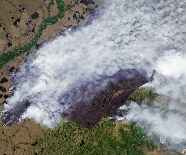 Space photos of massive Russian wildfires