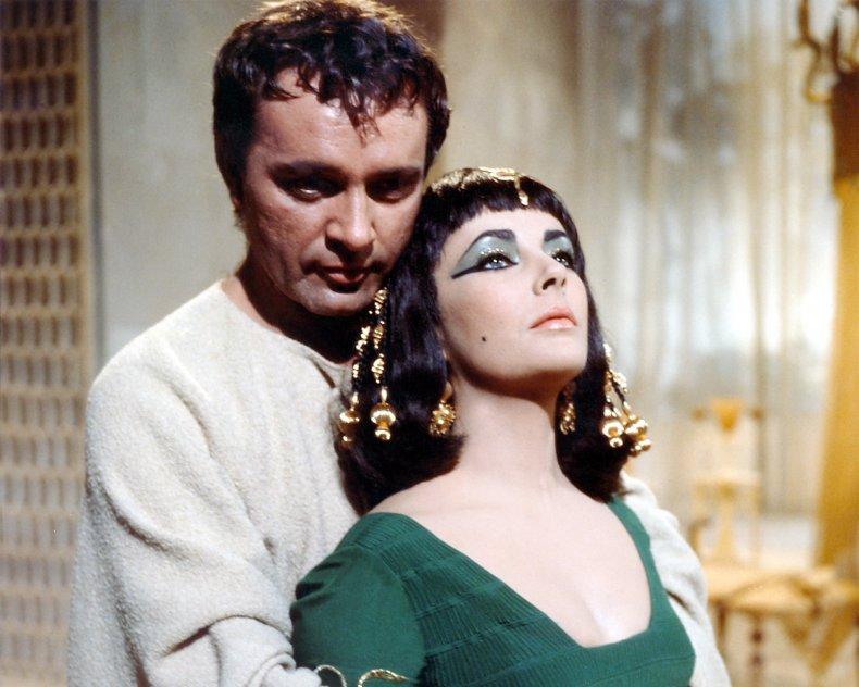 Richard Burton and Elizabeth Taylor in Cleopatra