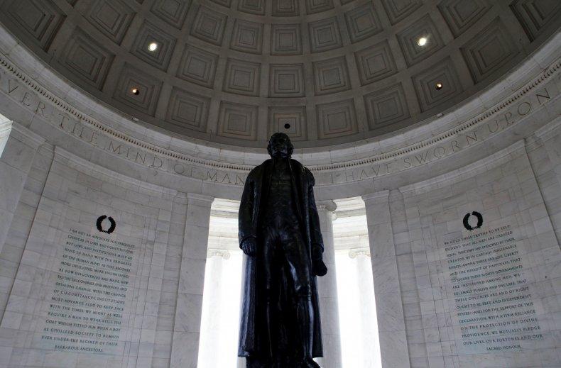 Jefferson Memorial statue