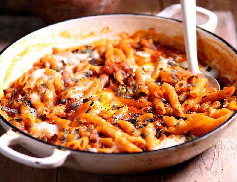 One Pot Melting Mozzarella & Aubergine Pasta