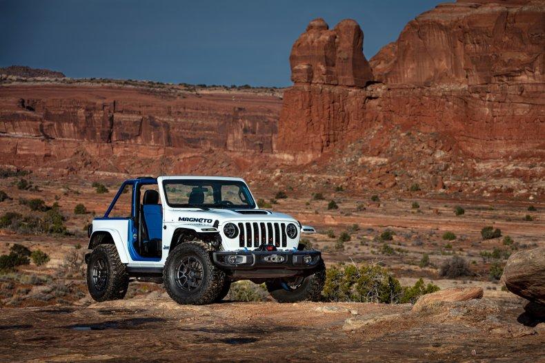 Jeep Wrangler Magneto Concept