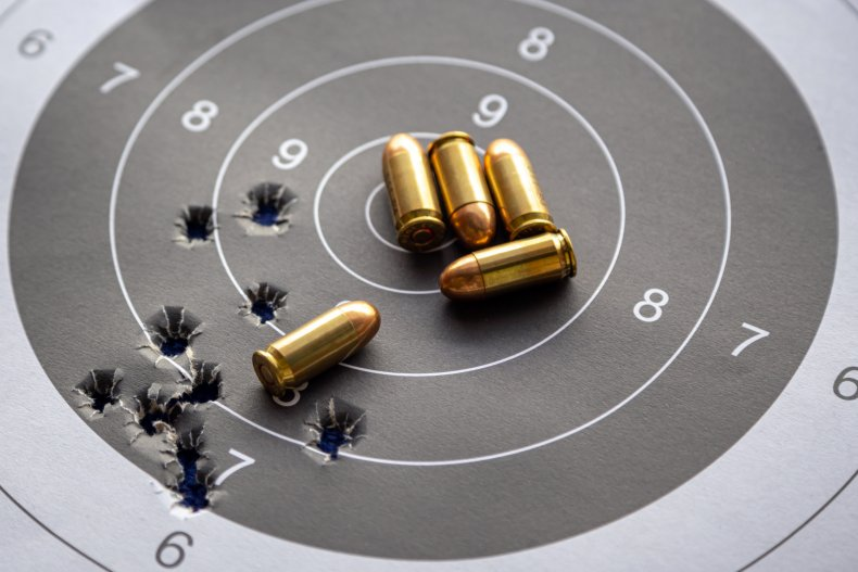 Gun target and bullets