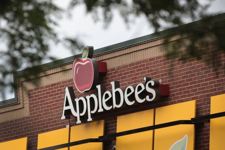 Applebee's waitress stabbed in Georgia
