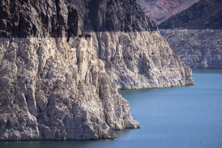 Low levels of Lake Mead