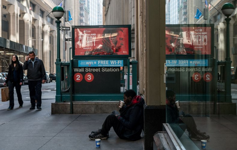 Homeless New Yorkers Sue City Over Shelters