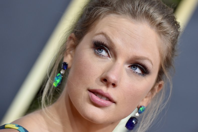 Taylor Swift Attends the 2020 Golden Globes
