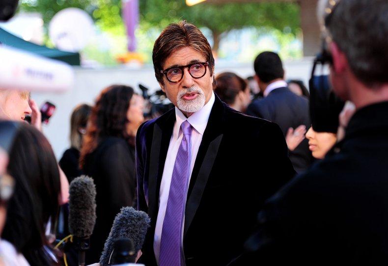 Amitabh Bachchan at Ravaan premiere