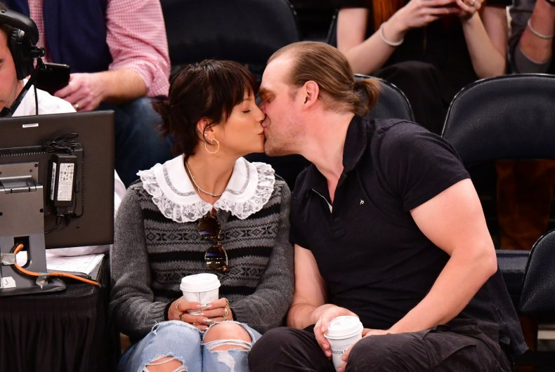 Lily Allen and David Harbour basketball