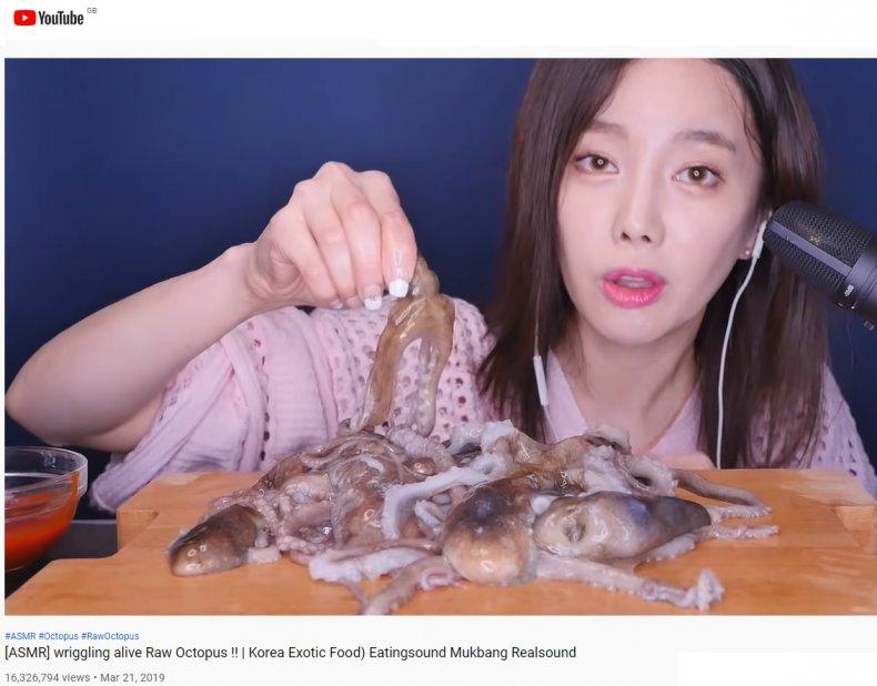 mukbang influencer Ssoyoung eating live octopus video