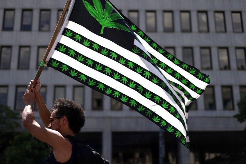 Schumer, Democrats Introduce Marijuana Legalization Bill