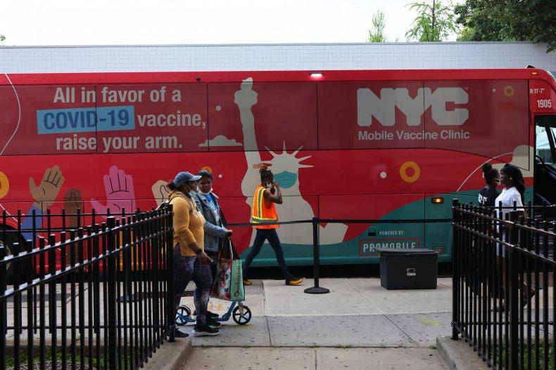 New York Mayor Touts Vaccine Effort