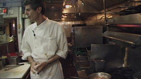 Bourdain Working in NYC Kitchens