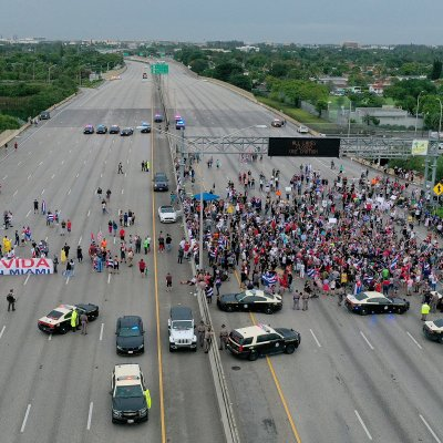 Miami protesters block off major highway