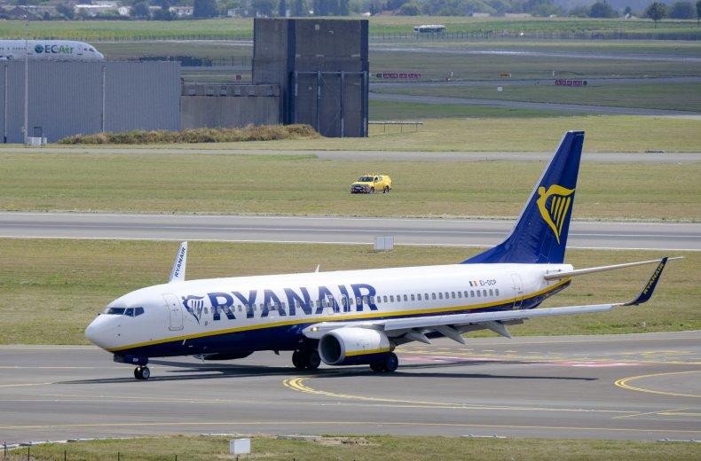 Man dies during Ryanair flight
