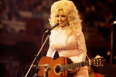 Dolly Parton performing in 1976