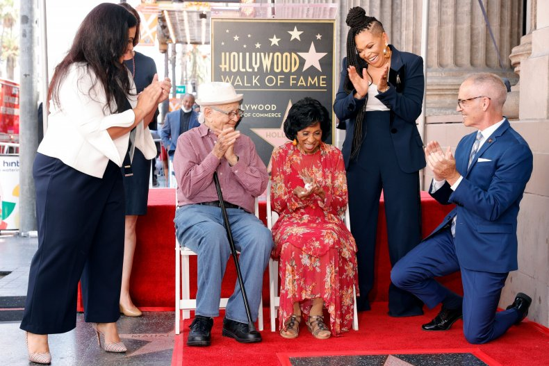 Norman Lear supports Marla Gibbs at ceremony