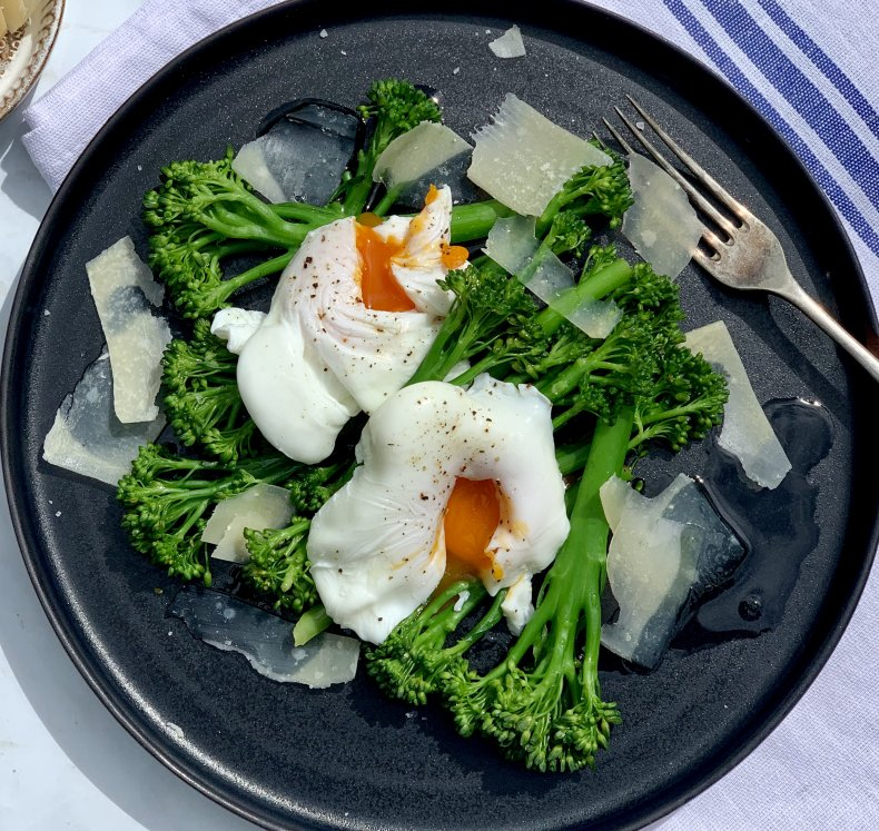 Poached eggs with Broccoli, Parmesan and Truffle