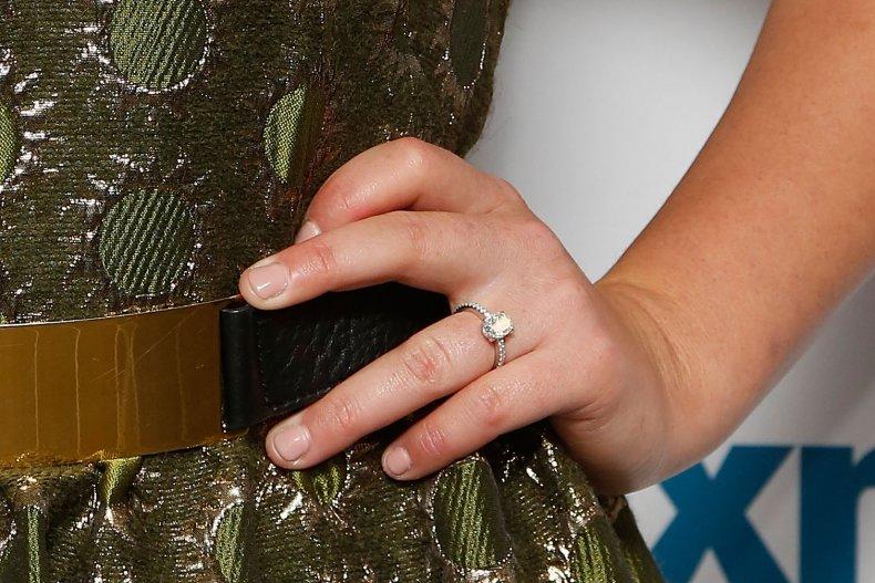 TSA finds missing engagement ring diamond