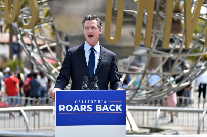 Gavin Newsom loses ground in recall poll