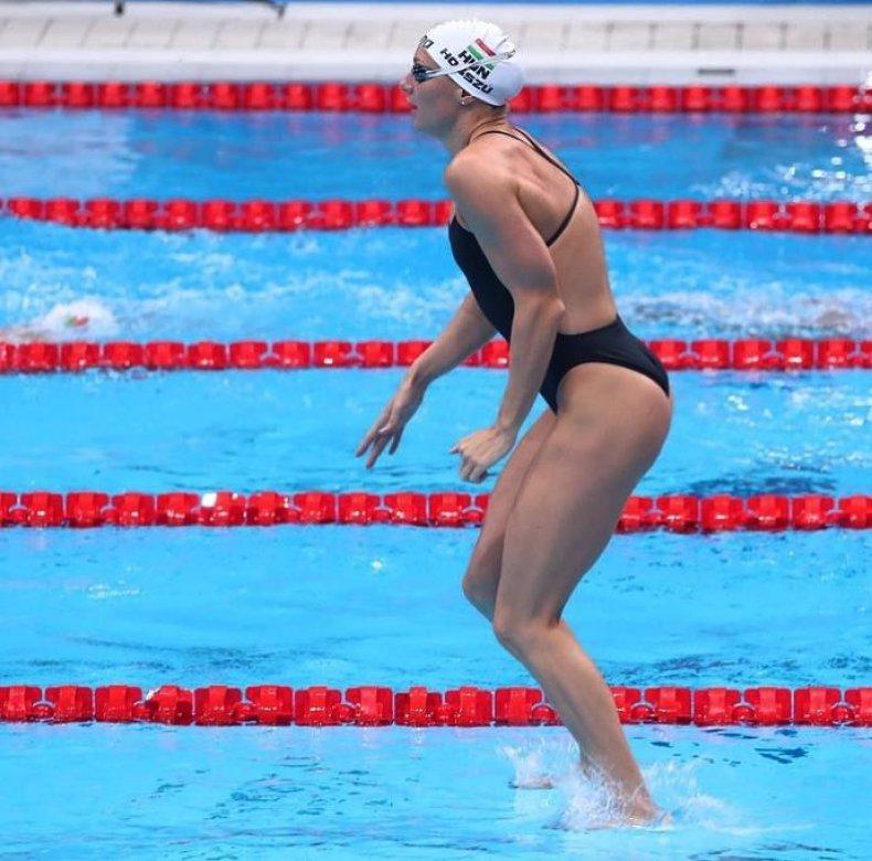 Kainka Hosszu Walk on Water