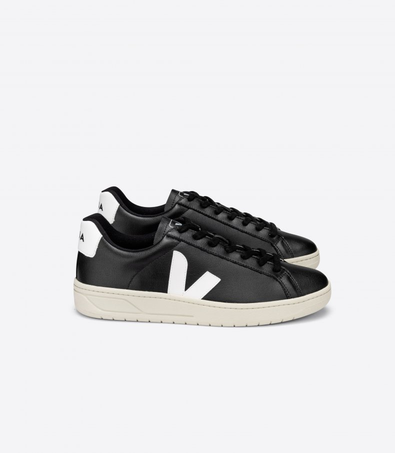 Sustainable Travel Products_Veja Shoes