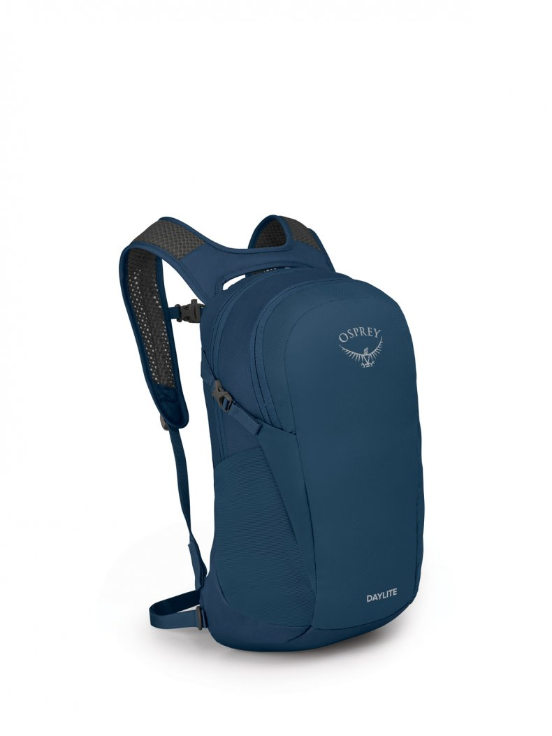Sustainable Travel Products_Osprey Daylite Backpack