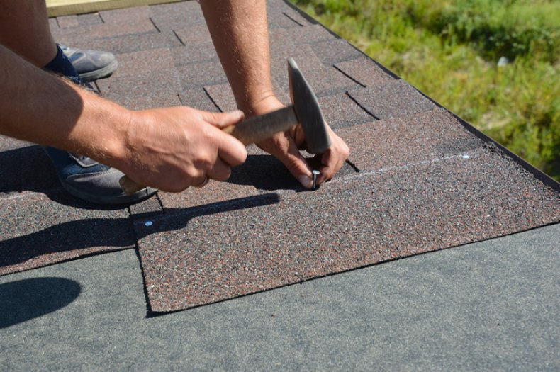 Roofing company sues couple over review