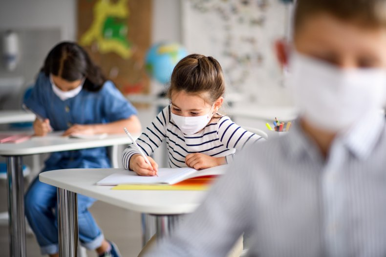 Texas legislators urge school mask mandate