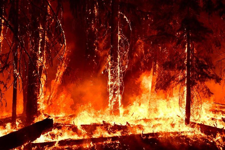 Dixie Fire Threatens 10,000 Homes