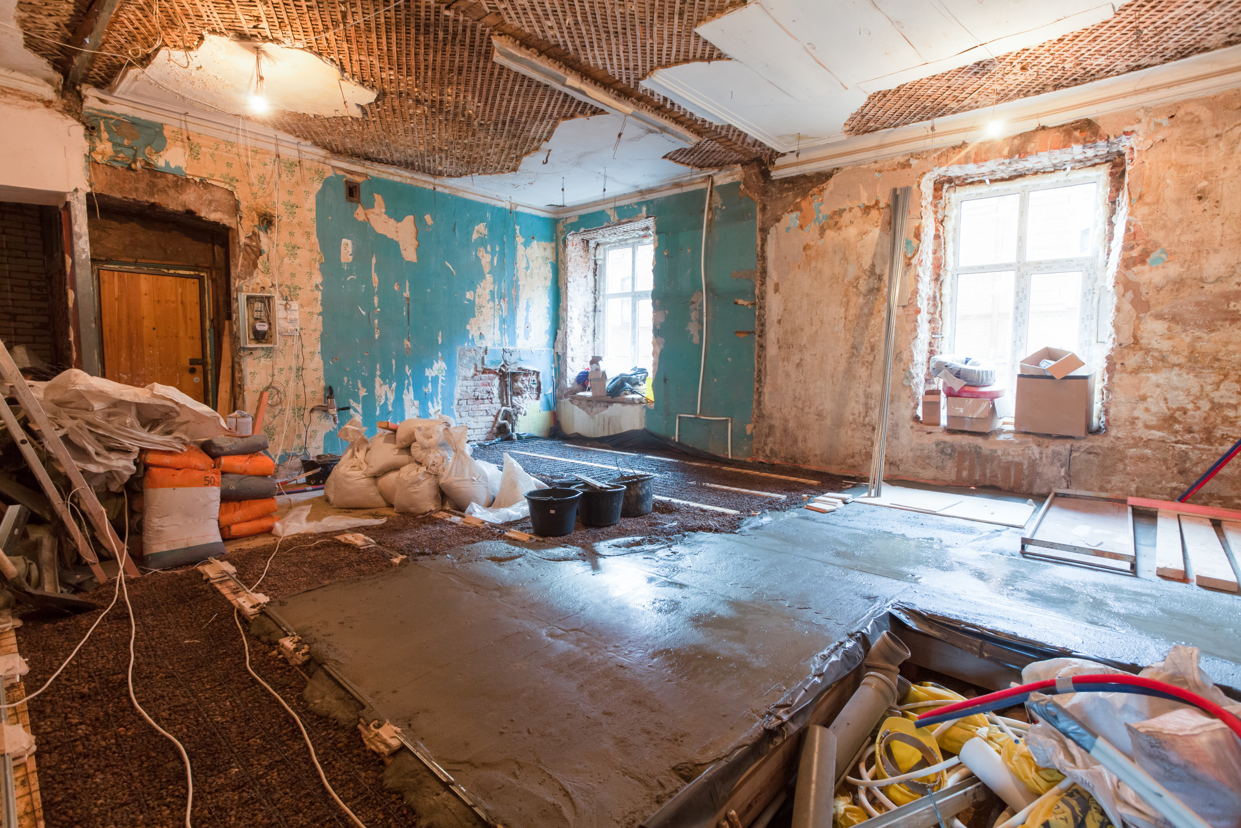 Woman Finds Hidden Cupboards and Fireplaces Renovating 150-Year-Old House