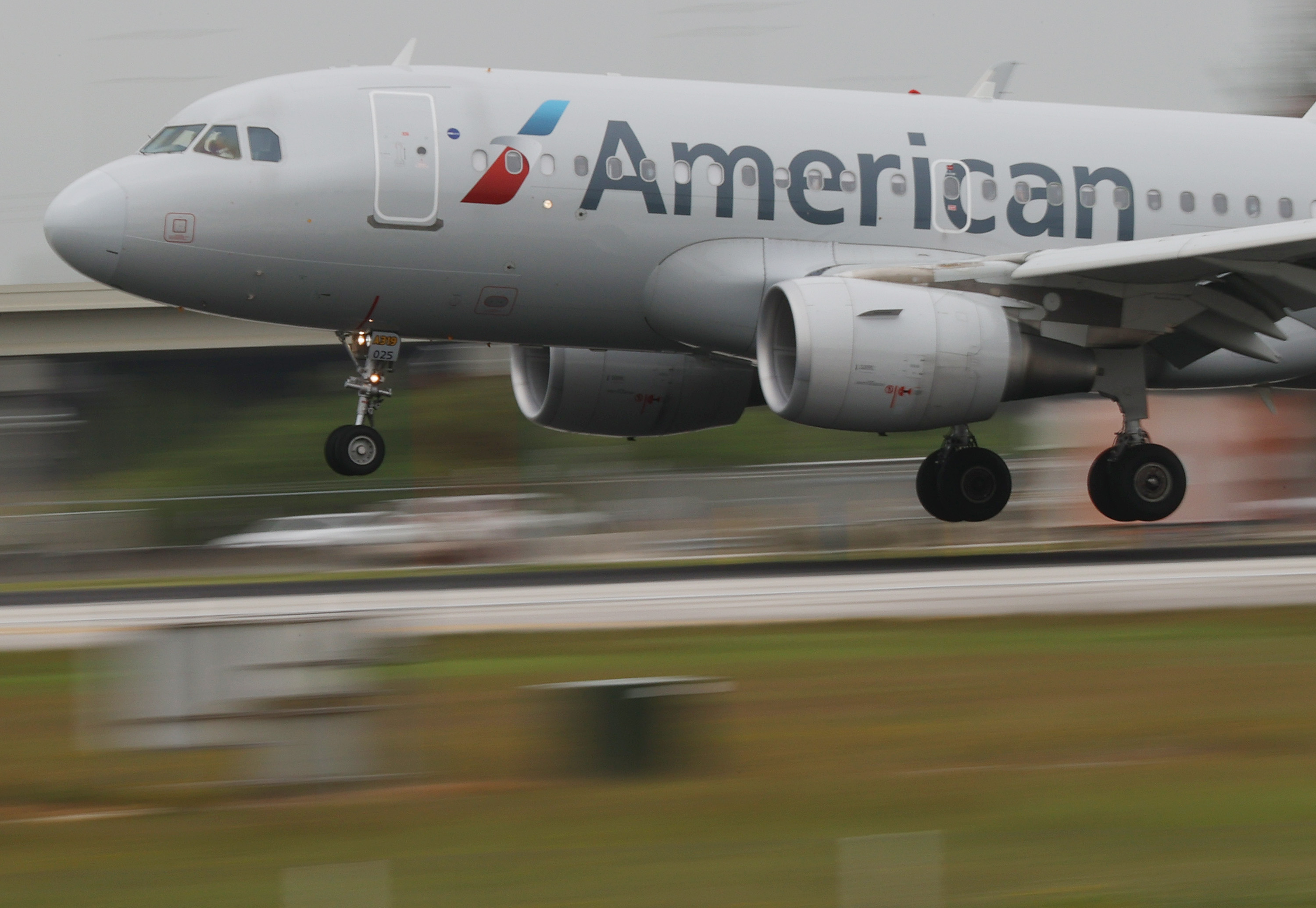 Fuel Shortage at U.S. Airports May Last Until Mid-August: American Airlines