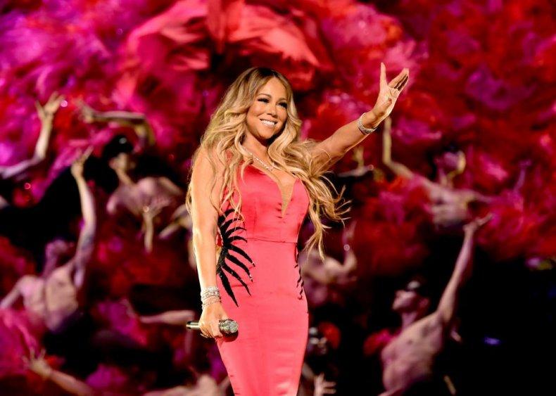 Mariah Carey: Pet shop worker