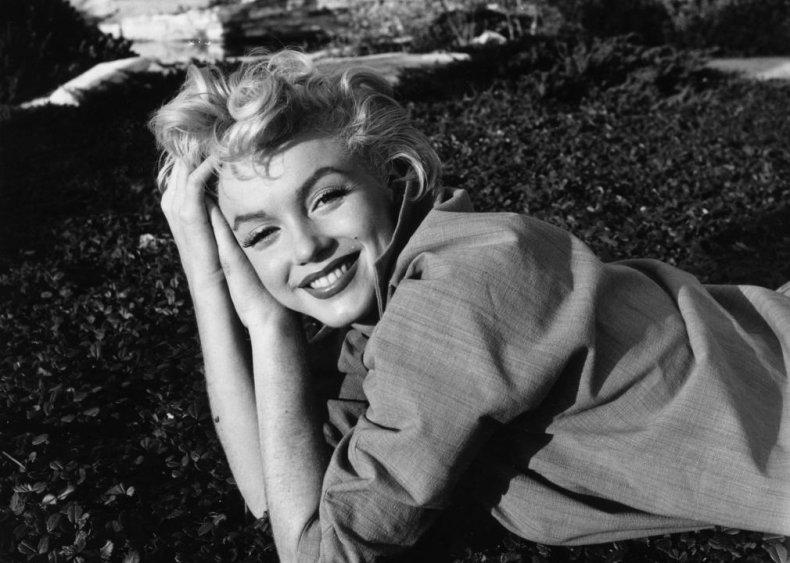 Marilyn Monroe: Factory worker