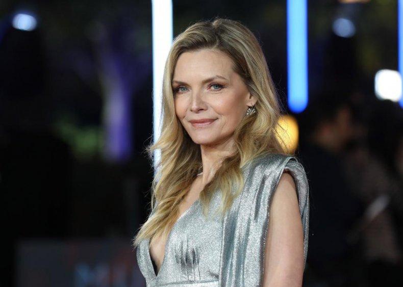 Michelle Pfeiffer: Retail worker