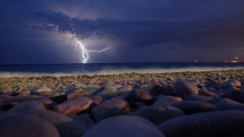 Lightning struck woman and niece in Florida