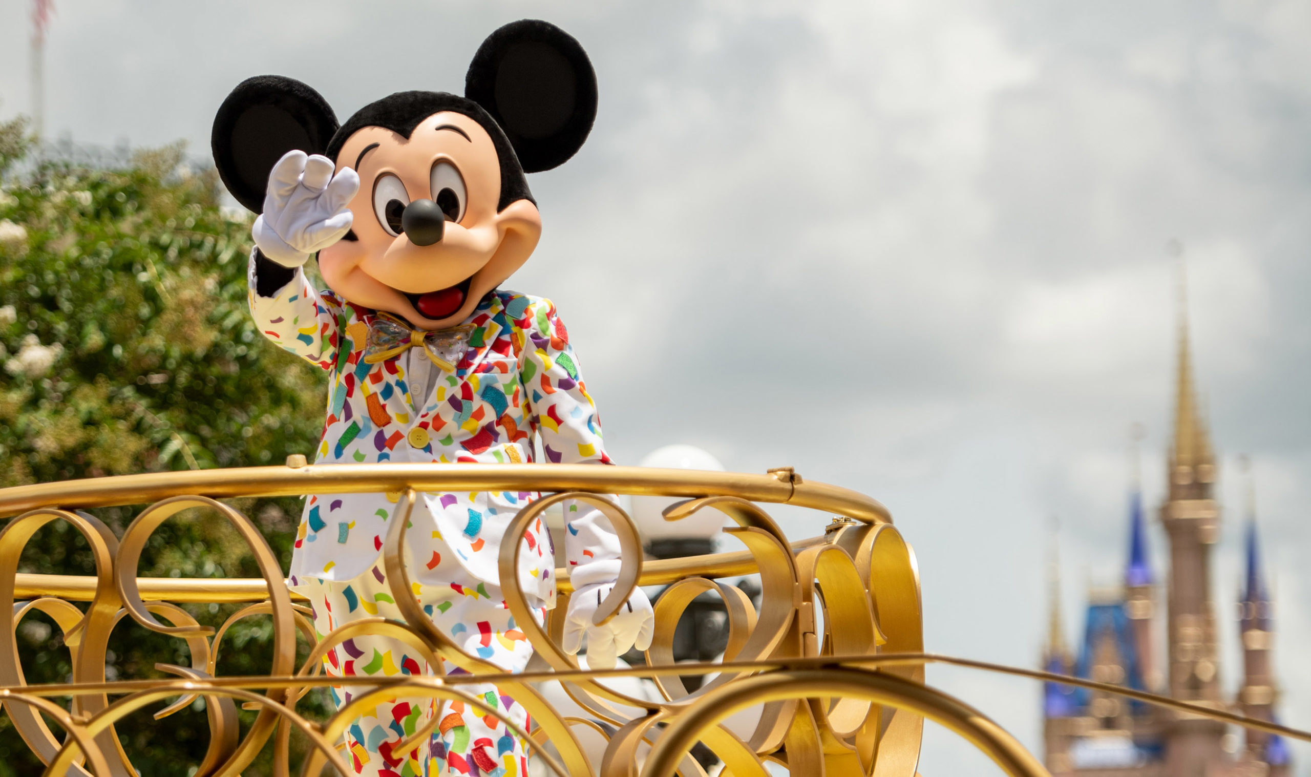 Disney to Require All U.S. Employees, Cast Members to Be Vaccinated