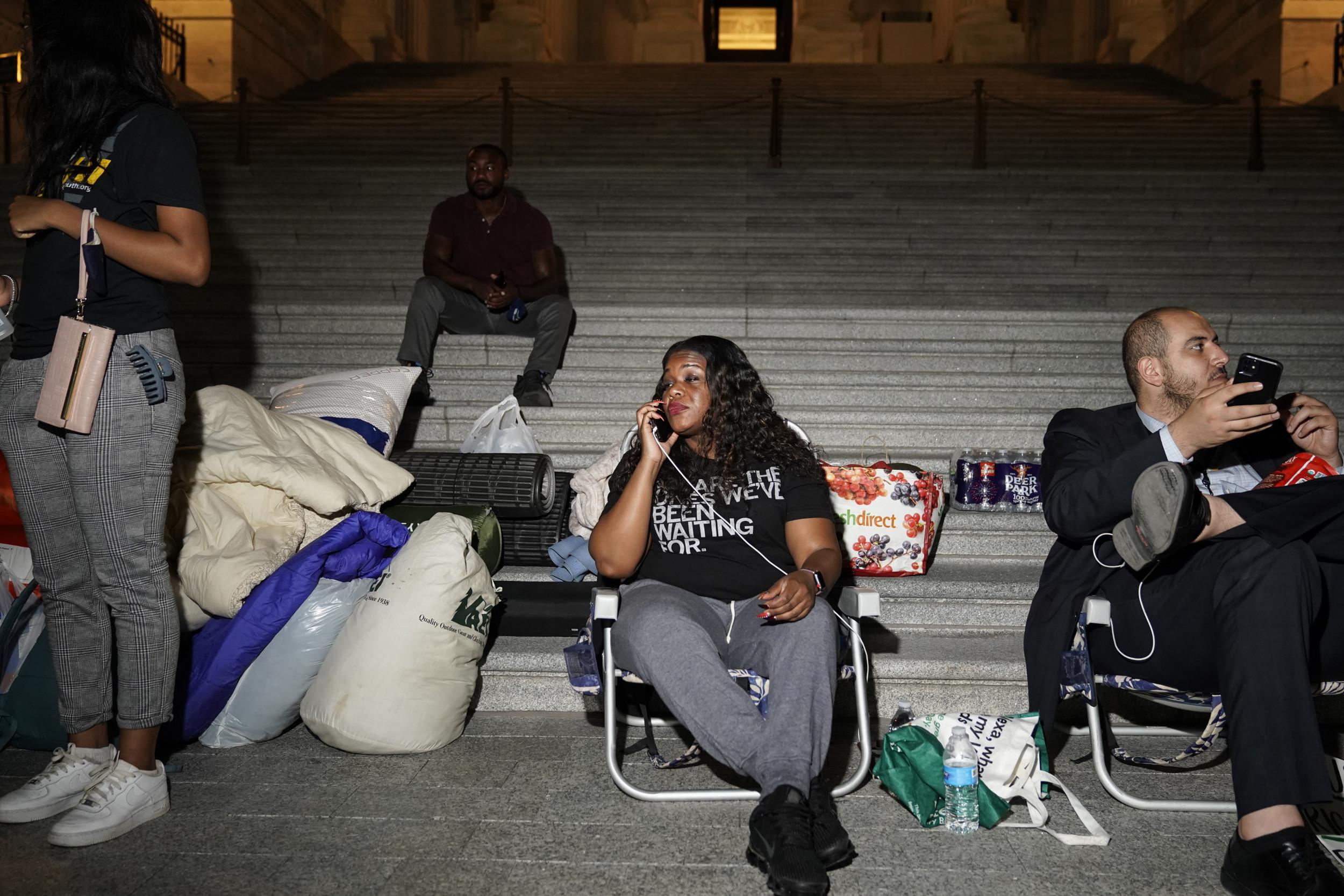 'Housing Crisis': Progressives Frustrated as Biden Lets Federal Eviction Moratorium Expire thumbnail
