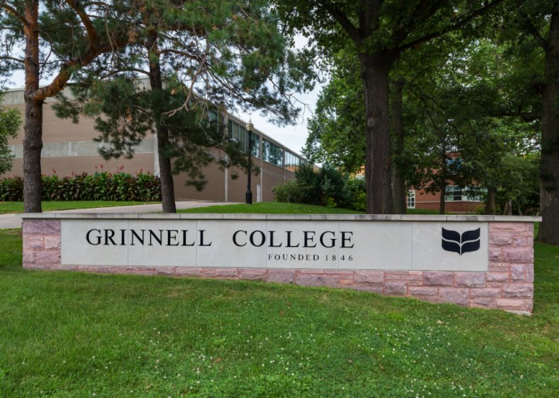 #23. Grinnell College