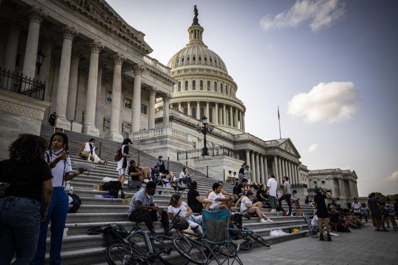 Biden tries to stop evictions despite Congress