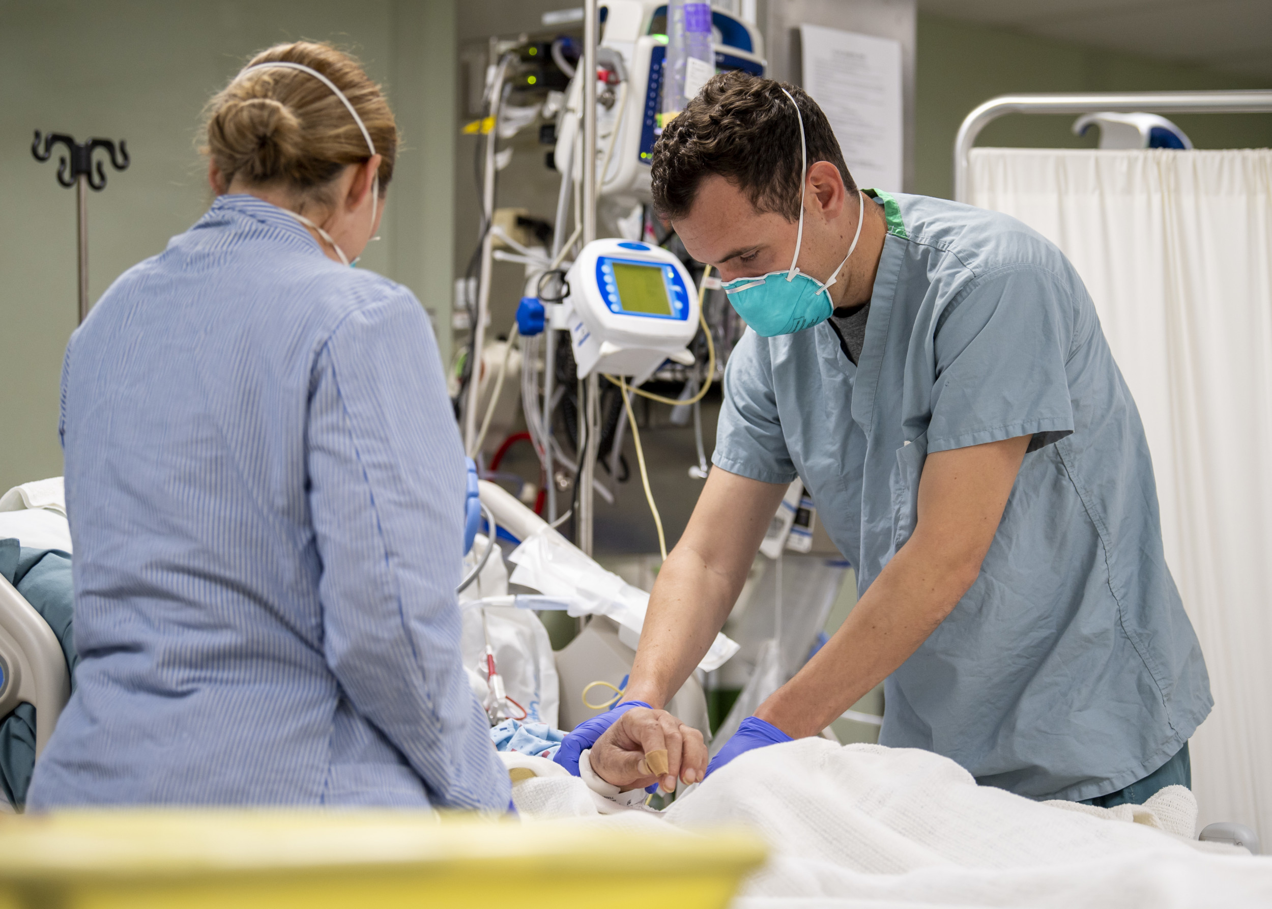 Florida Hospitals Limiting Visitors Amid COVID Hospitalization Record