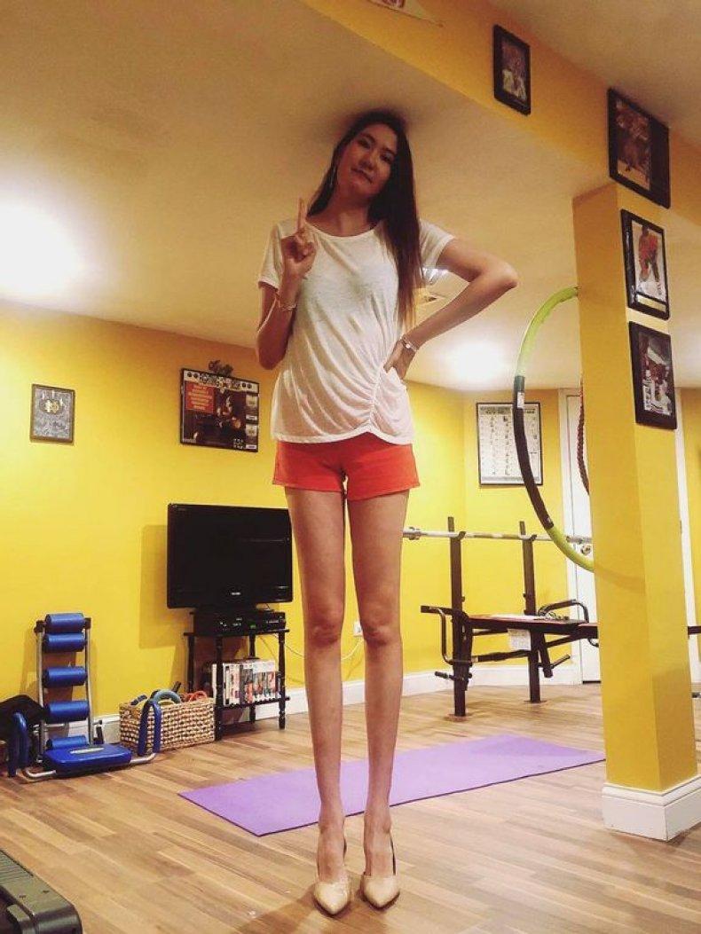 Rentsenkhorloo Bud long legs