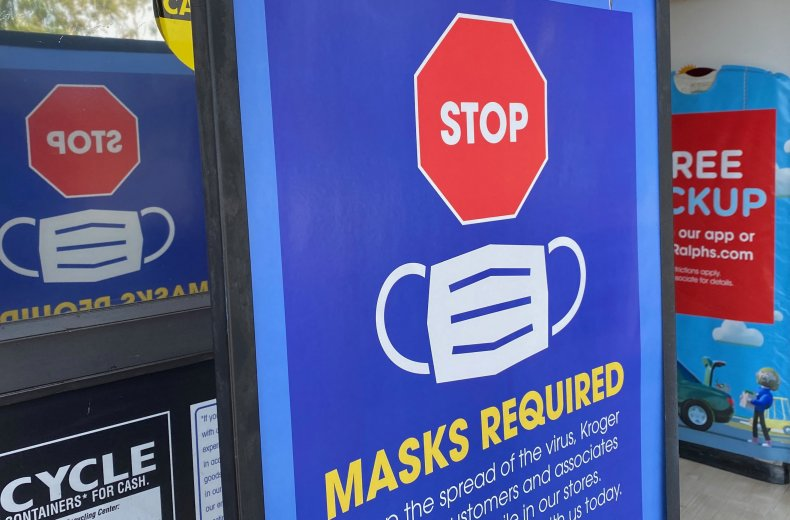 A mask sign at a California store.