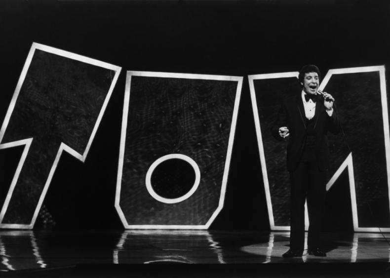 1969: Singing with Tom Jones