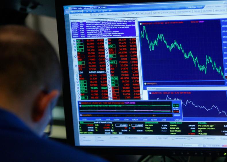 2008: Stock market and housing crash