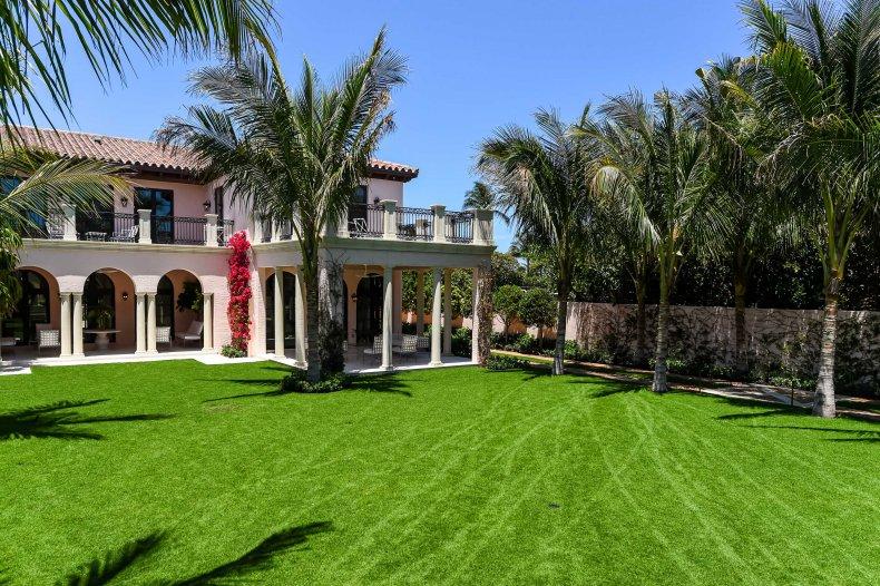 Clarendon Ave Palm Beach, Florida,