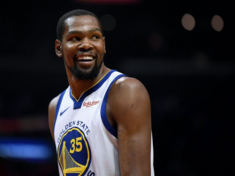 Kevin Durant playing for Golden State Warriors