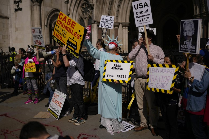 Julian Assange Extradition Protestors