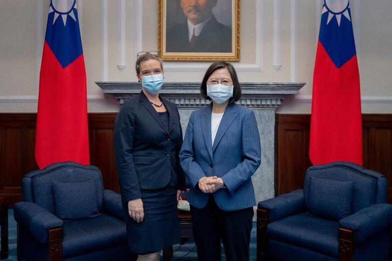 Taiwan President Meets U.S.' Top Taipei Diplomat