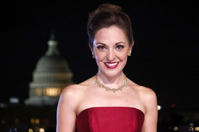 Laura Osnes performing in Washington, D.C.