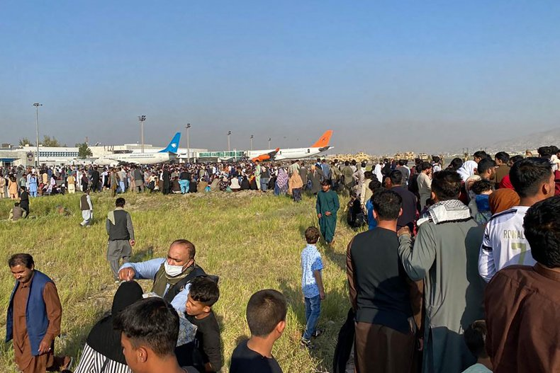 Afghans crowd at the airport Kabul